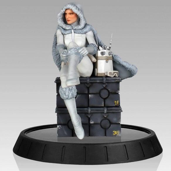 Snowbunny Padme Amidala Statue