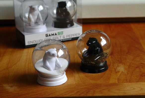 Snowglobe - Salt & Pepper Shakers