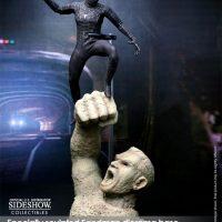 Spider-Man Black Suit Version Sixth-Scale Figure on Sandman Base