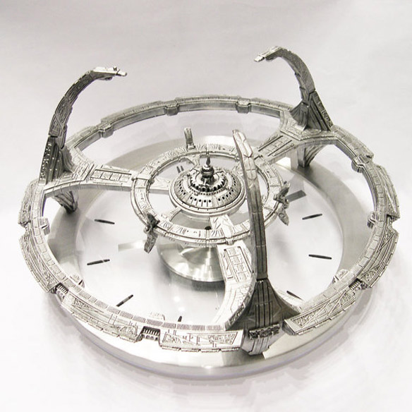 Star Trek Deep Space Nine Clock