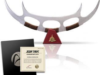 Star Trek Klingon Bat'leth Prop Replica