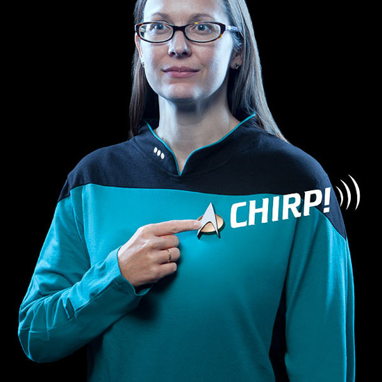 star-trek-the-next-generation-bluetooth-combadge