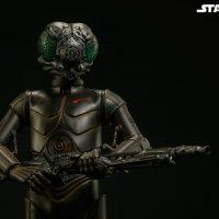 Star Wars 4-LOM Sixth-Scale Figure 10