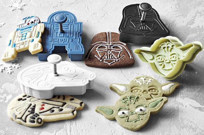 017b225ccd17f Williams Sonoma Star Wars Cookie Cutter Set