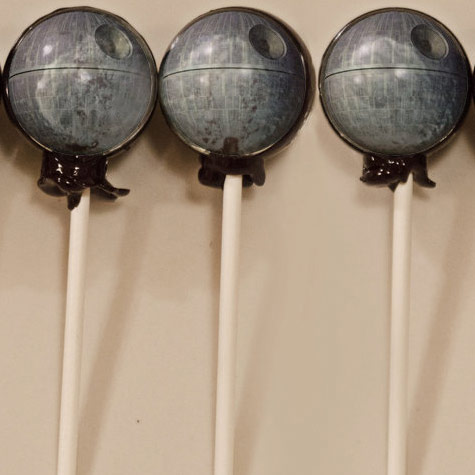 Star-Wars-Death-Star-Lollipops