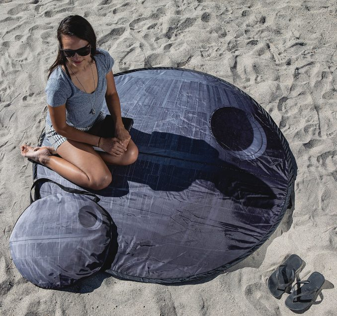 Star Wars Death Star Pop-Up Picnic Blanket