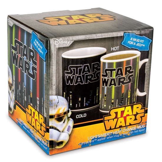 Star Wars Lightsaber Heat-Changing Mug in box