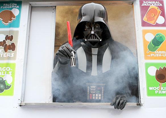 Star Wars Lightsaber Ice Pop Maker