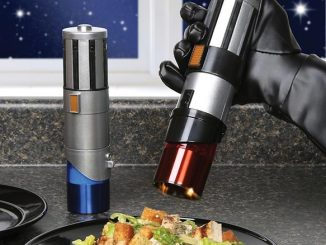 Star Wars Lightsaber Salt and Pepper Shakers