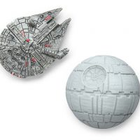 Star Wars Millennium Falcon and Death Star Magnet Set