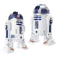 Star Wars R2-D2 Deluxe Electronic 31-Inch Scale Action Figure