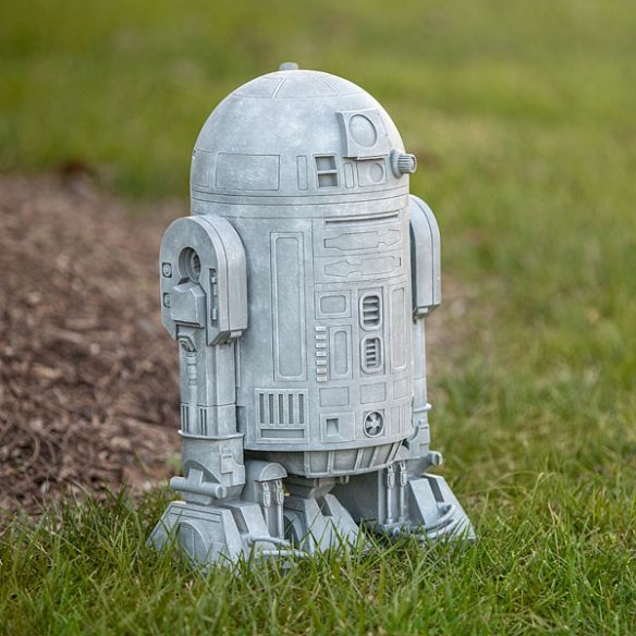 Star Wars R2-D2 Lawn Ornament