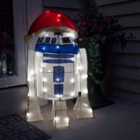 Star Wars R2-D2 Lighted Indoor Outdoor Lawn Ornament