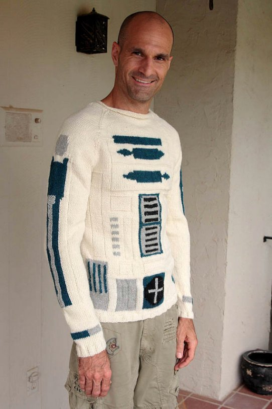 Star Wars R2-D2 Sweater