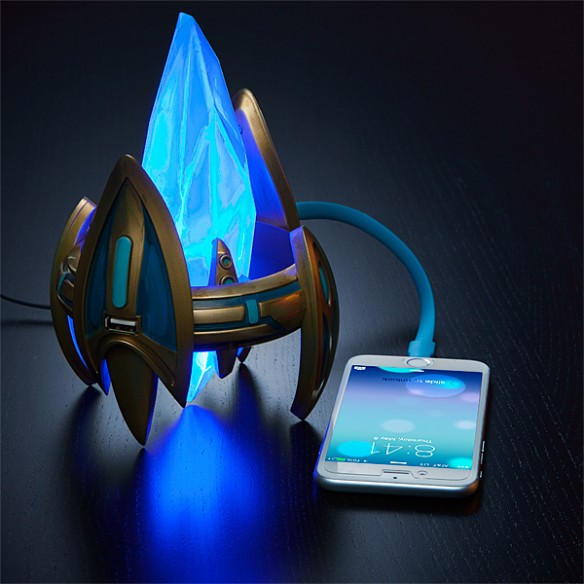 Starcraft Protoss Pylon USB Charger
