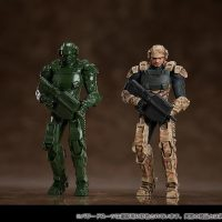 Starship Troopers Power Suit Action Figures 1