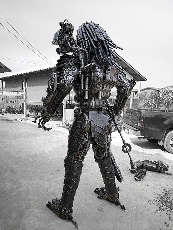 Steampunk Predator Figure
