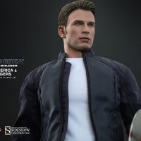 Steve Rogers Sixth Scale Figure Detail