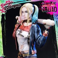 Suicide Squad Harley Quinn Statue_small