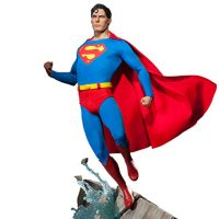 Superman Christopher Reeve Premium Format Figure