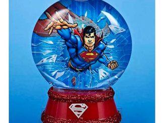 Superman Light-Up 3 1 2-Inch Water Globe