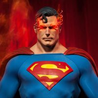 Superman Premium Figure