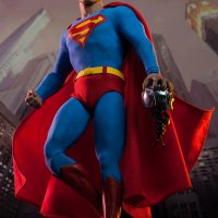 Superman Sixth Scale Figure with Heat Vision