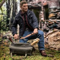 Supernatural Dean Winchester Articulated Scale Figure