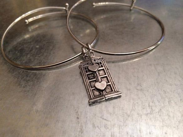 TARDIS Double Heart Friendship Bracelet
