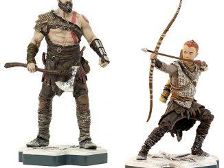 TOTAKU God of War Kratos & Atreus Figures