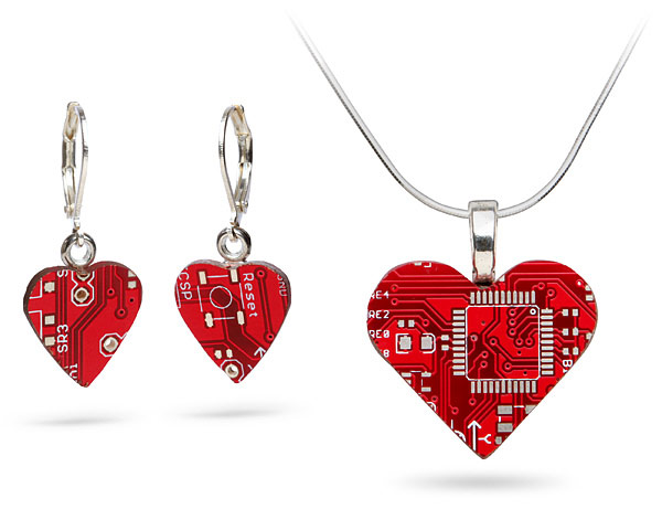 Tech-Love-Circuit-Board-Jewelry