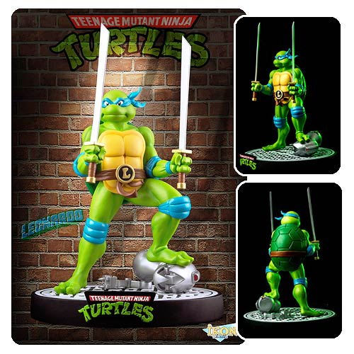 Teenage Mutant Ninja Turtles Leonardo on Defeated Mouser Statue