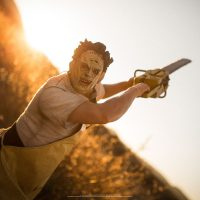texas-chainsaw-massacre-leatherface-premium-format-figure-2