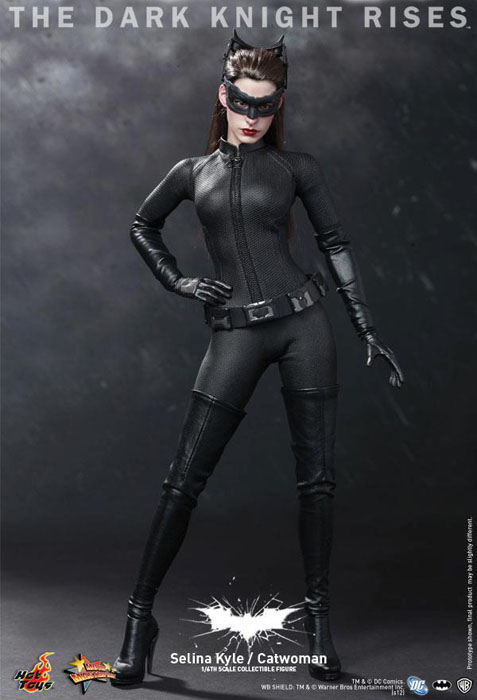 The Dark Knight Rises Selina Kyle Catwoman Statue