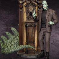 The Munsters Nevermore Maquette with Herman Munster