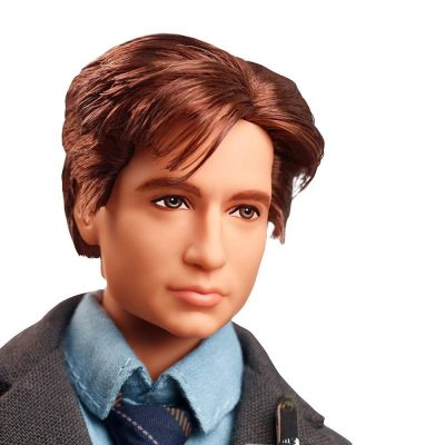 The X-Files Mulder Barbie Doll Detail