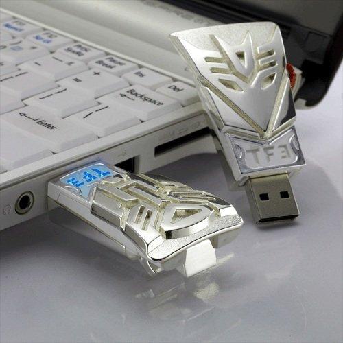 Transformers Autobot 8GB USB Flash Drive