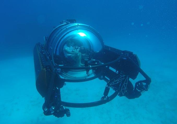 U-Boat Worx C-Explorer 5 Submarine