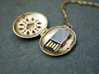 USB Locket