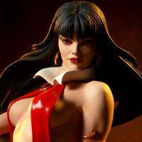 Vampirella Figure