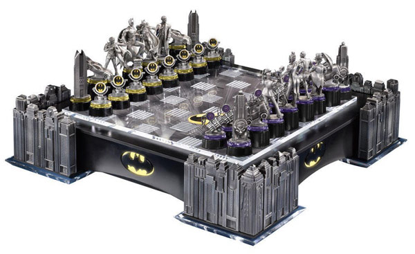 Warner Bros Batman Gotham Cityscape Chess Set