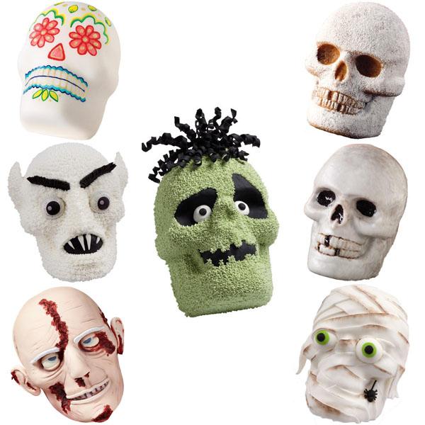 Wilton 3-D Skull Pan