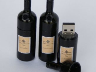 Wine Bottle Flashdrive