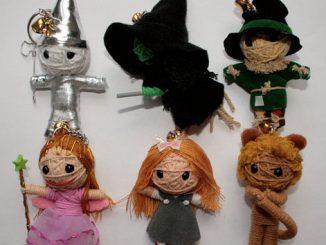 Wizard of Oz Voodoo Doll Keychains Set