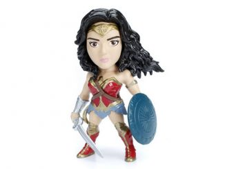 Wonder Woman 4-Inch Metals Die-Cast Action Figure