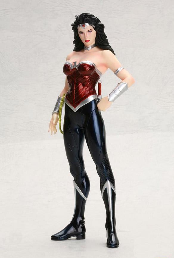 Wonder Woman New 52 ArtFX Statue