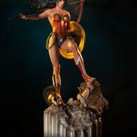 Wonder Woman Premium Format Figure Angle