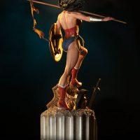 Wonder Woman Premium Format Figure Back