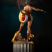 Wonder Woman Premium Format Figure Rear