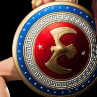 Wonder Woman Premium Format Figure Shield